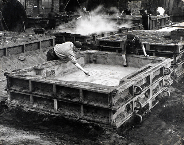 Consett Steelworks - Men at work